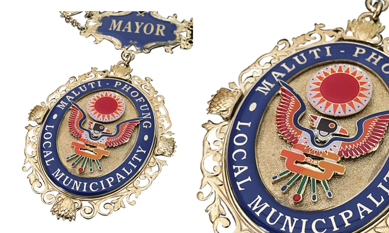 MAYORAL CHAINS